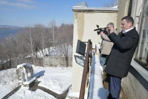 Вместе с новым собственником здания, ректором «Самарского политеха» Дмитрием Быковым депутат пришел к выводу, что времени на раскачку нет.