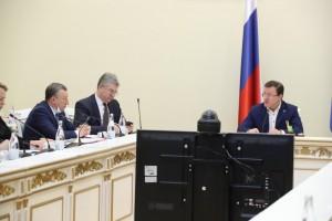 Дмитрий Азаров возглавил штаб по противодействию коронавирусу