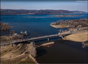 В частности, ведутся работы по строительству моста через Сок, строительству 2 этапа мостового перехода «Фрунзенский» и реконструкции дороги Тольятти-Ягодное.