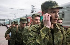 О весеннем призыве рассказывает начальник организационно-мобилизационного управления штаба Центрального военного округа генерал-майор Александр Линьков.