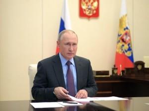 Президент заявил о готовности «по-партнерски» сократить добычу примерно на 10 млн барр./сутки.