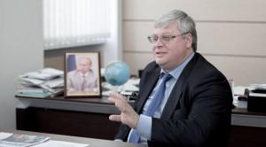 Решение о назначении подписал министр науки и высшего образования РФ Валерий Фальков.