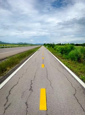 Качество автомобильных дорог проверил министр транспорта Самарской области Иван Пивкин.