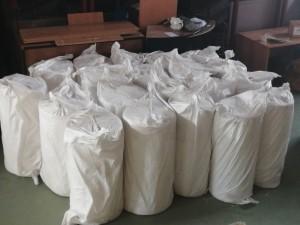 Пытались вывезти в Казахстан  20 рулонов марли весом 580 кг.