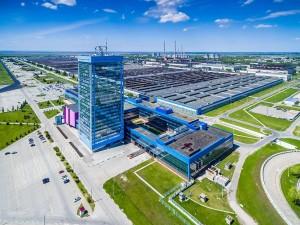 Сергей Зайцев заявил, что крупнейшее предприятие области постепенно входит в привычный ритм работы.