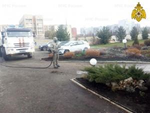 На территории тольяттинской Городской клинической больницы № 5 обработано 6 км дорог с твердым покрытием, 150 кв. м. помещений.