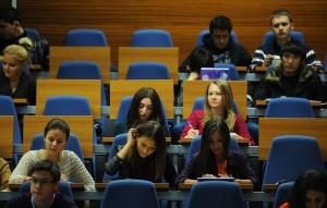 Министр науки и высшего образования Валерий Фальков уточнил, что универсального решения по этой ситуации быть не может.