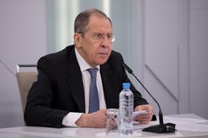 Министр иностранных дел подчеркнул, что некоторые европейские страны были бы не прочь обратиться к России за помощью.
