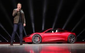 Предприниматель также написал, что считает слишком высокой стоимость акций его компании Tesla.
