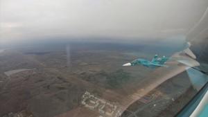 В небе над городом можно будет увидеть два фронтовых бомбардировщика - разведчика Су-24МР и два сверхзвуковых истребителя Су-34.