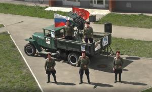 В Самаре военнослужащие Центрального военного округа дали концерты ветеранам как на фронте во время войны