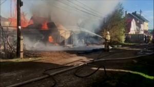 Всего к ликвидации пожара были привлечены 122 человека и 41 единица техники, в том числе пожарный поезд.