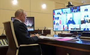 Сегодня Путин проведет совещание, на котором, в частности, обсудят возможность поэтапного снятия карантинных мер.