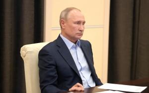 """По словам президента, нельзя """"задавить бизнес формальными, избыточными, а порой бессмысленными требованиями""""."""