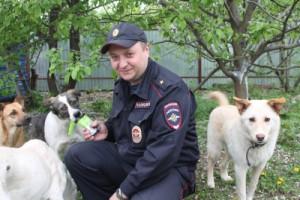 Участковый около Сызрани спас собаку
