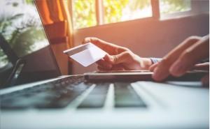 Сбербанк продлевает срок действия карт