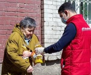 На сегодняшний день добровольную и безвозмездную помощь пожилым людям, находящимся на самоизоляции, оказывают 2924 волонтера.