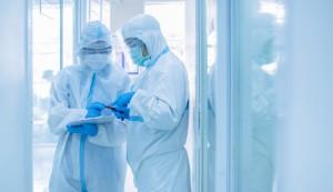 21 апреля после двух отрицательных тестов женщина была выписана из больницы. 8 мая её вновь госпитализировали из-за положительного теста на коронавирус.