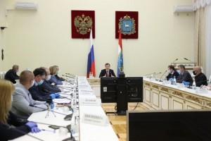 Губернатор Дмитрий Азаров проводит встречу с сотрудниками скорой помощи