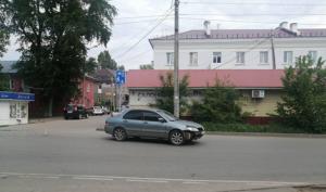 В Красноглинском районе Самары женщина попала под машину
