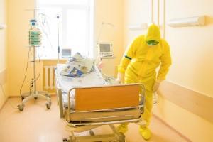 Для таких пациентов развернуто 100 коек, из них 70 – с кислородоснабжением.