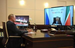 Президент при этом отметил, что республика по основным показателям действительно является лидером среди российских регионов.