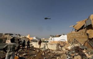 В свою очередь агентство Reuters со ссылкой на представителя властей страны сообщает, что в результате авиакатастрофы выжил как минимум один человек.