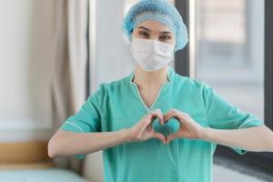 """Сам бывший пациент, ссылаясь на врачей, утверждает, что у него """"сердце 20-летнего""""."""