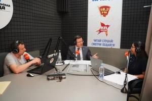 "Дмитрий Азаров поздравил ""Комсомолку"" с 95-летием."