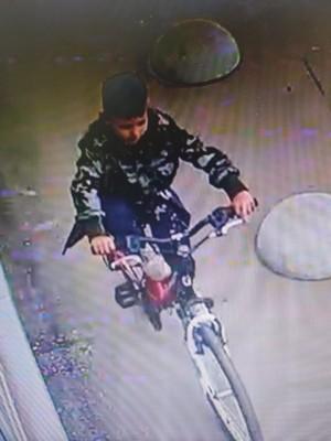 В Самарской области полицейские разыскивают подростков за кражу велосипеда
