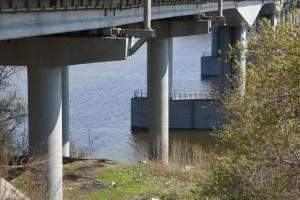Ростехнадзор требует остановить движение по Фрунзенскому мосту в Самаре, так и не введенному в строй официально