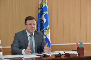 Дмитрий Азаров провел очередное заседание оперативного штаба.