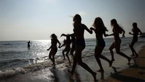 Анна Попова заявила, что летом 2020 года детский отдых будет организован по специальным правилам, однако он обязательно состоится.