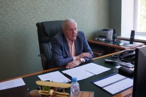 Виктор Сойфер поблагодарил представителей политических партий за отклик на призыв областной Общественной палаты к сотрудничеству.
