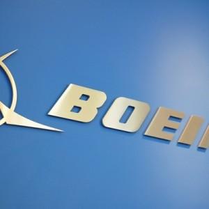 Концерн Boeing начинает уведомлять сотрудников об увольнениях
