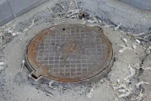 В Самаре возбуждено 15 уголовных дел по факту краж крышек люков тепловых сетей