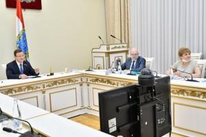 Министр рассказала, что сейчас одна из самых крупных кинематографических команд снимает лирическую комедию про поездку семьи на Грушинский фестиваль.