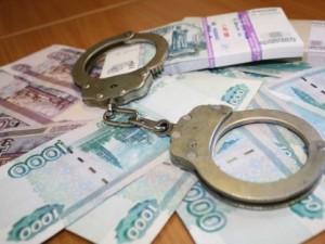 В настоящее время в отношении подозреваемых судом избрана мера пресечения в виде домашнего ареста.