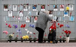 Минздрав официально подтвердил смерть 101 медика от заражения коронавирусом. Это в три раза меньше числа медиков, внесенных в «Список памяти», который ведут сами врачи.