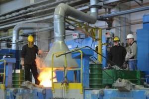 Дмитрий Азаров поздравил специалистов химической отрасли с Днем химика