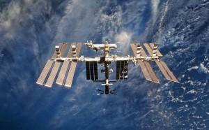 В госкорпорации обсуждают эту возможность с NASA. В случае подобного взаимодействия американцы продолжат летать на российских «Союзах» по обмену.