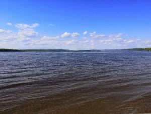 Вода в Волге вернулась к своему обычному состоянию после ситуации с повышенной цветностью этой зимой