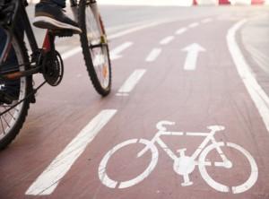 Рейтинг составлен по результатам исследования длины городских велодорожек и велополос, а также велосипедных маршрутов и числа прокатных велосипедов на велостанциях.