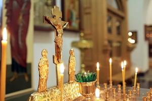 """""""В родительскую субботу верующие молятся не только о тех, кого знают — о почивших близких, родителях и прародителях, но и обо всех почивших православных христианах."""""""