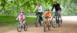 Самарцев просят соблюдать безопасность при езде на велосипеде