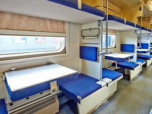 Купить билеты по выгодным ценам можно в плацкартные вагоны всех поездов, отправляющихся во внутригосударственном сообщении.