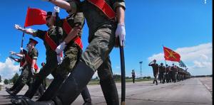 В ходе тренировки военнослужащие также планируют провести флэшмоб в рамках празднования Дня России.