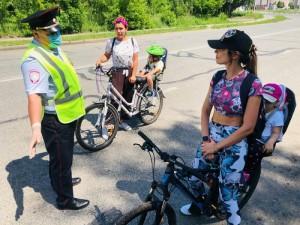 Сотрудники Госавтоинспекции Тольятти провели профилактические беседы с велосипедистами