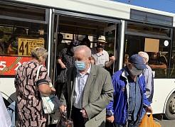 Надеваем маску – приобретаем билет на проезд. Соблюдение масочного режима в общественном транспорте по-прежнему находится на усиленном контроле.