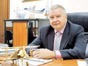 Дмитрий Азаров поздравил президента Самарского университета Виктора Сойфера с юбилеем